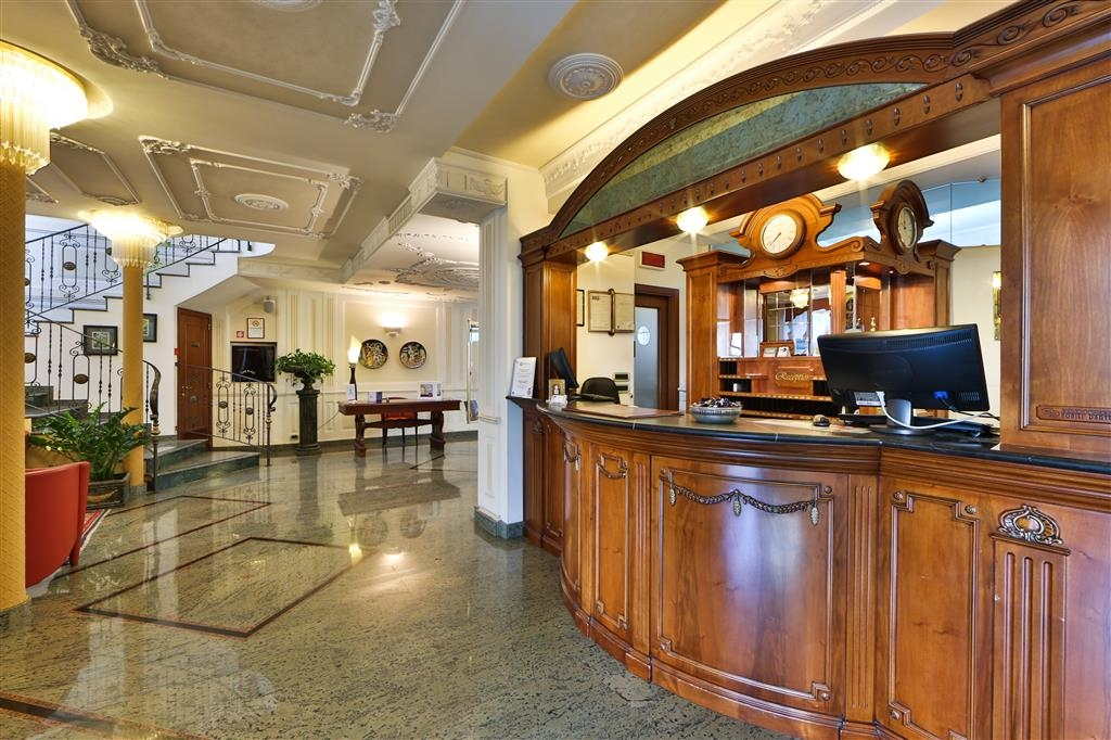 Best Western Hotel Plaza - Reception
