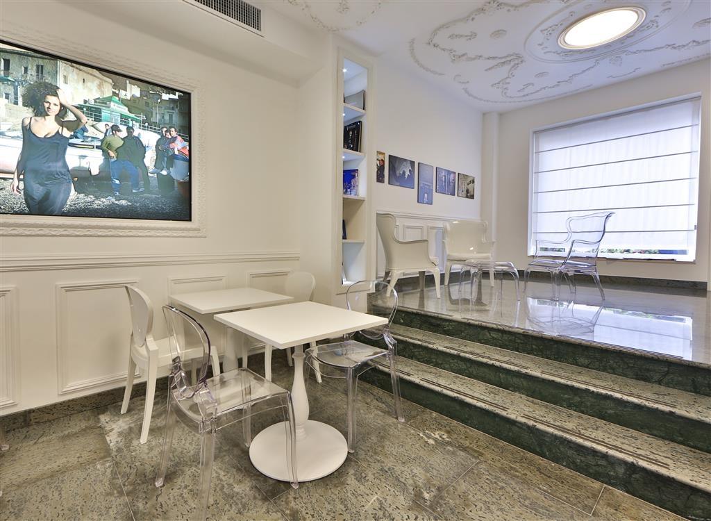 Best Western Hotel Plaza - Bar/Salón