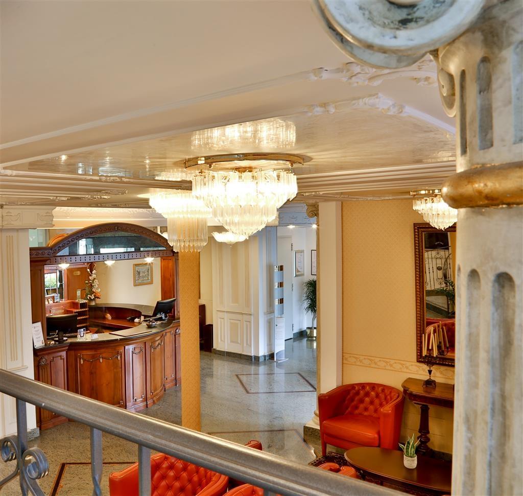 Best Western Hotel Plaza - Lobby