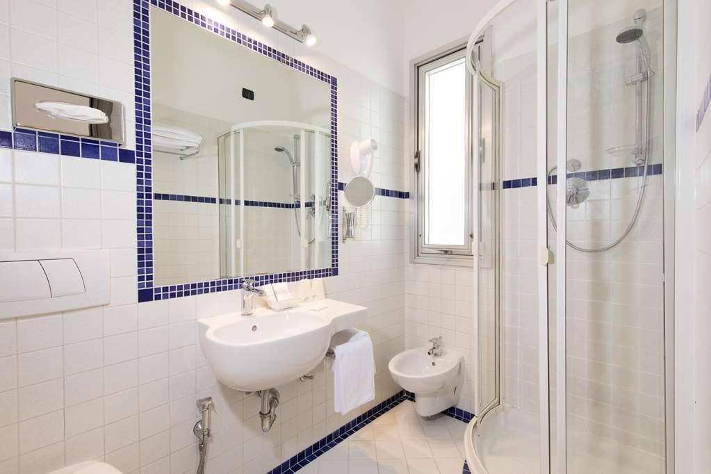 Best Western Hotel San Giusto - Bagno tripla