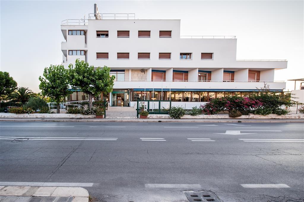 Best Western Hotel La Baia - Façade
