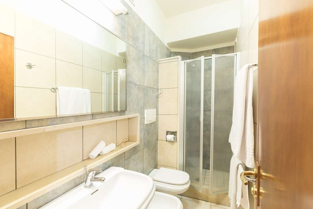 Best Western Hotel La Baia - Bathroom