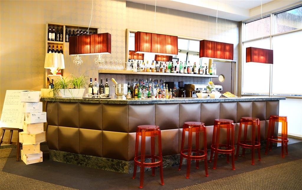 Best Western Hotel Blaise & Francis - Bar / Lounge