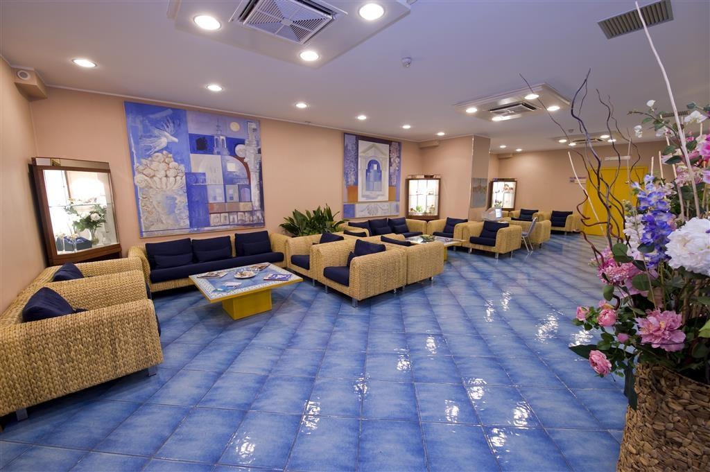 Best Western Hotel Mediterraneo - Foyer
