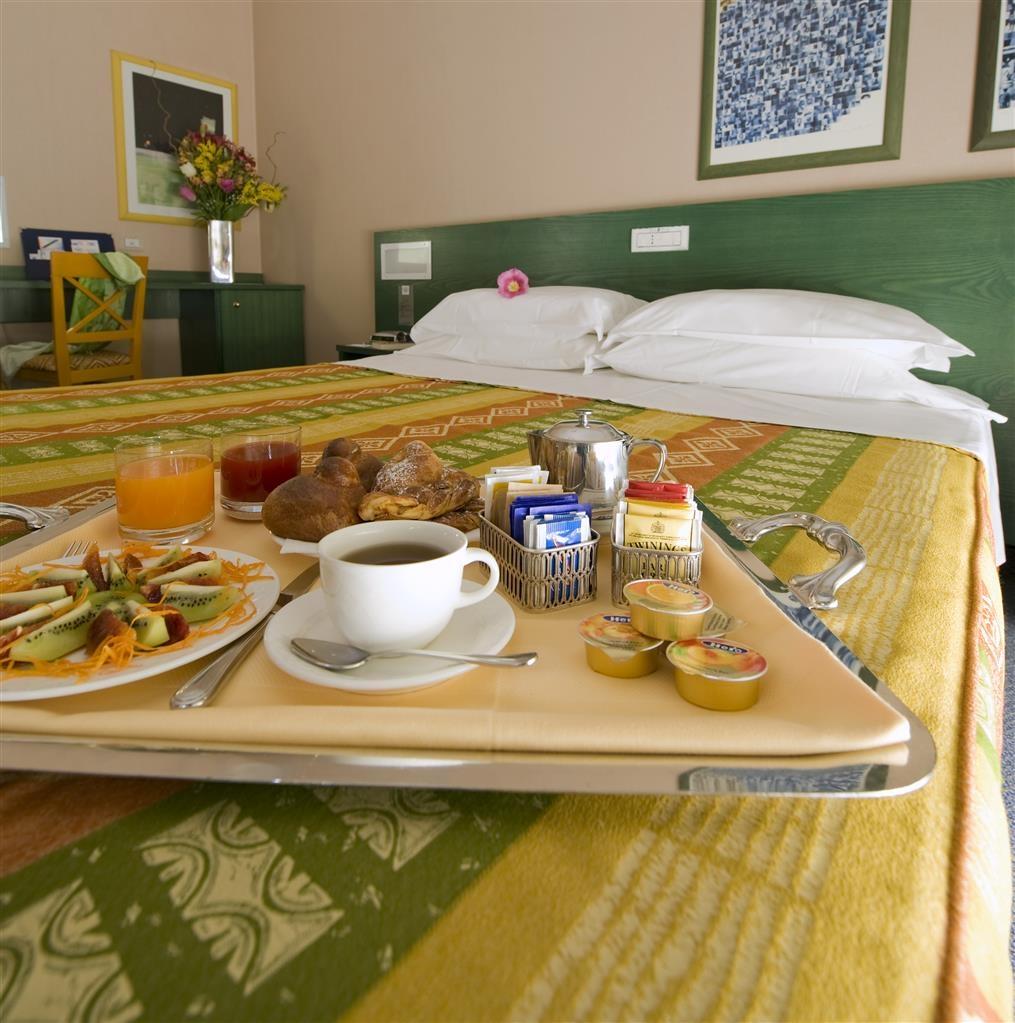 Best Western Hotel Mediterraneo - Guest Room