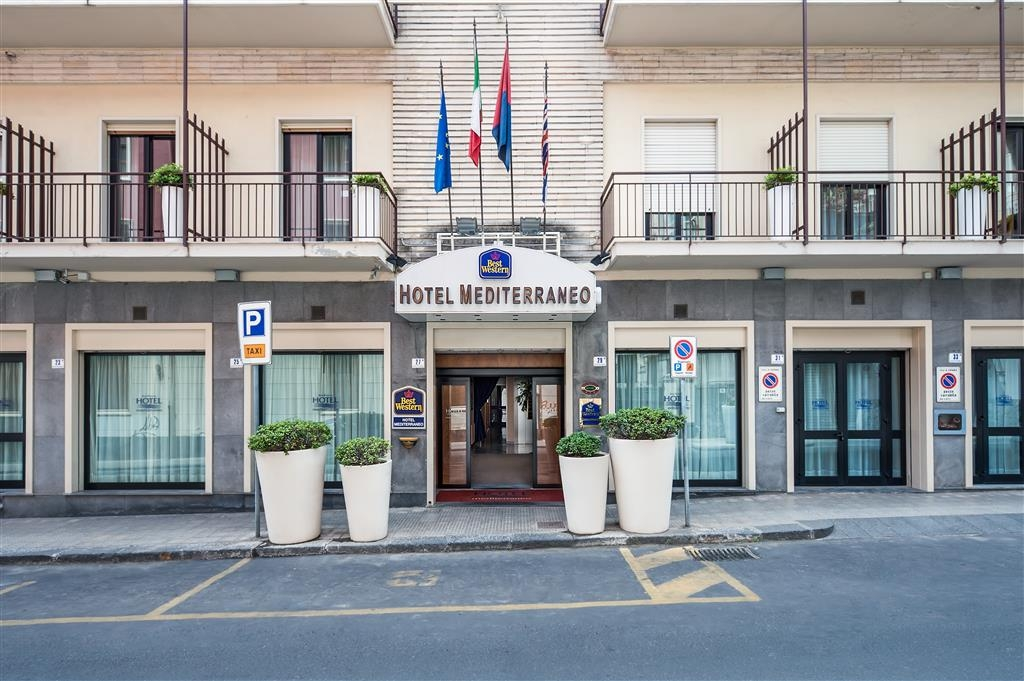 Best Western Hotel Mediterraneo - Außenansicht