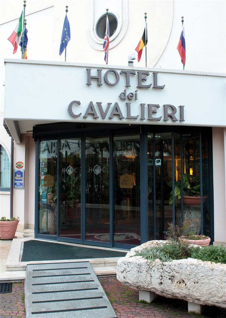 Best Western Hotel Dei Cavalieri - Vista exterior