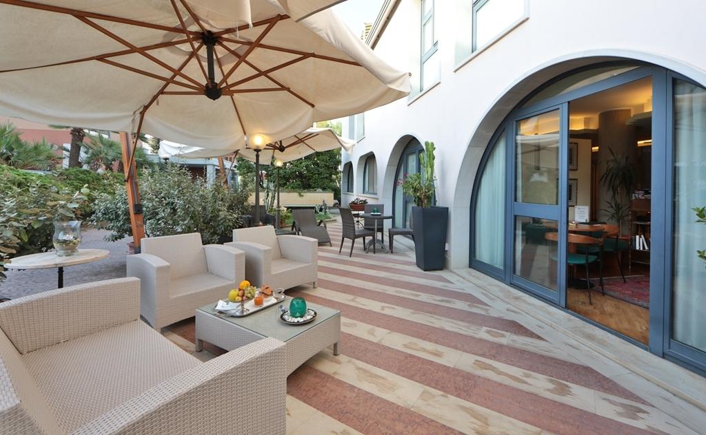 Best Western Hotel Dei Cavalieri - exterior-característica