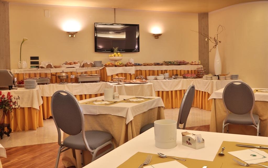 Best Western Hotel Dei Cavalieri - Restaurante/Comedor