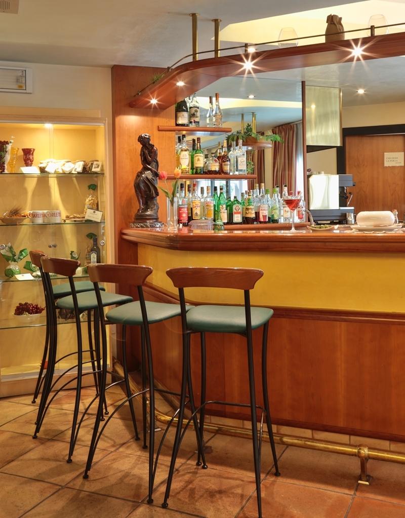 Best Western Hotel Dei Cavalieri - Bar/Salón