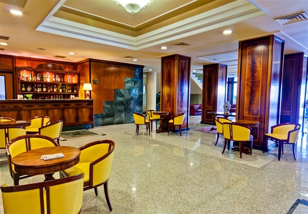 Best Western Hotel Ferrari - Hall