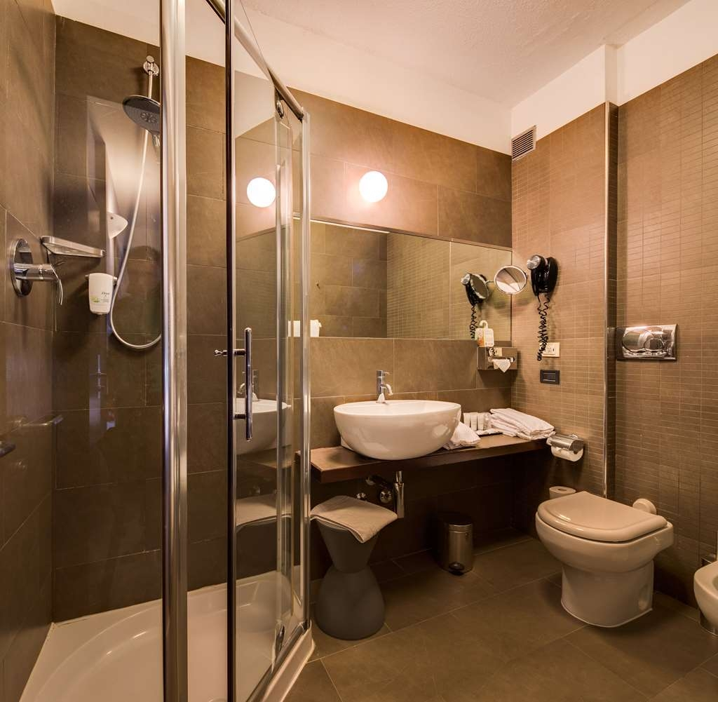Best Western Plus Hotel Farnese - Baño