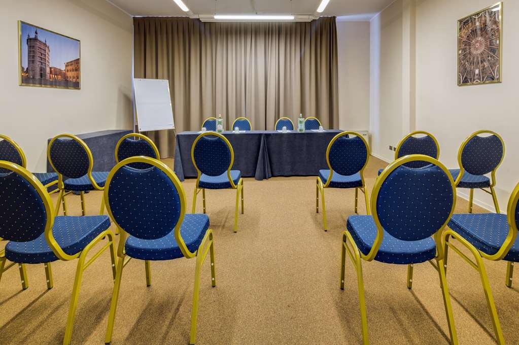 Best Western Plus Hotel Farnese - Meeting Room