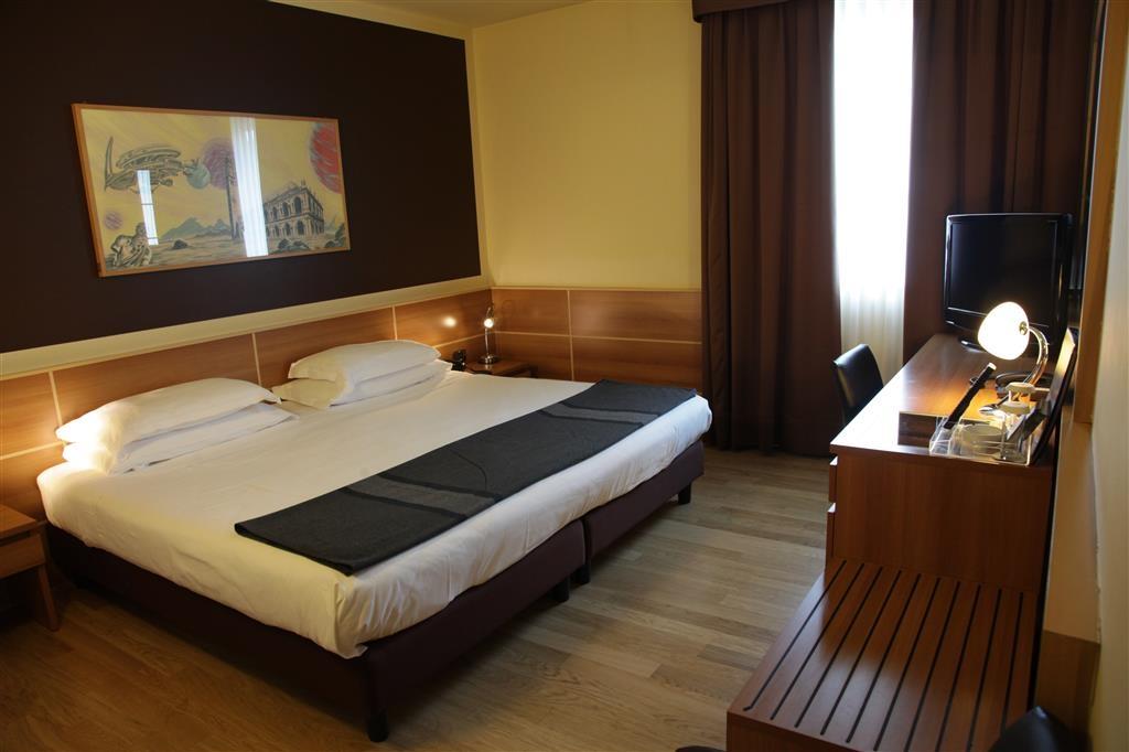 Best Western Hotel Tre Torri - Double Room King Bed