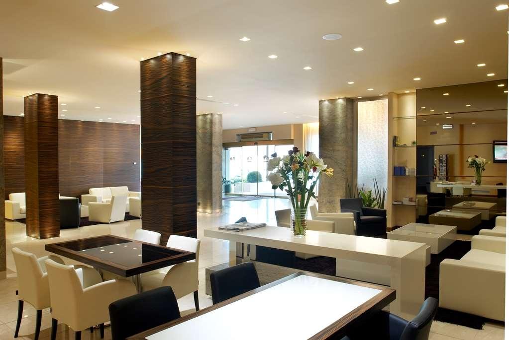 Best Western Hotel Tre Torri - Lobbyansicht