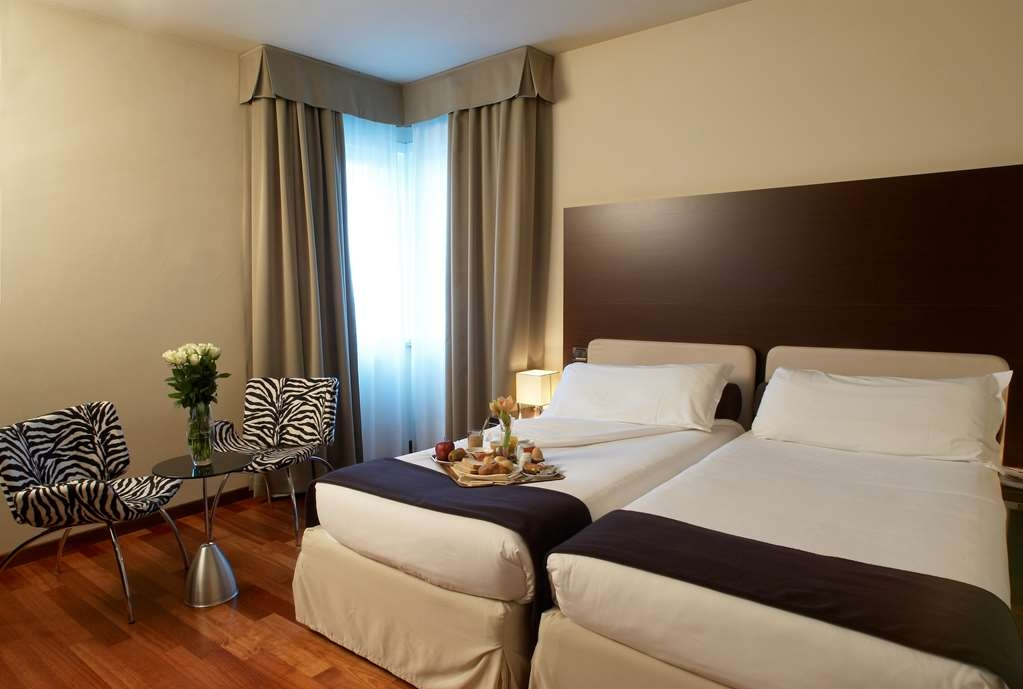 Best Western Hotel Tre Torri - Double room King Bed Business Facilities