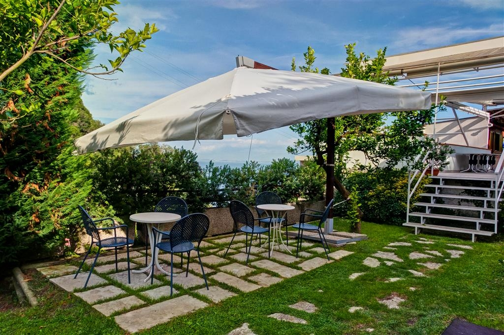 Best Western Hotel La Solara - Vista Exterior