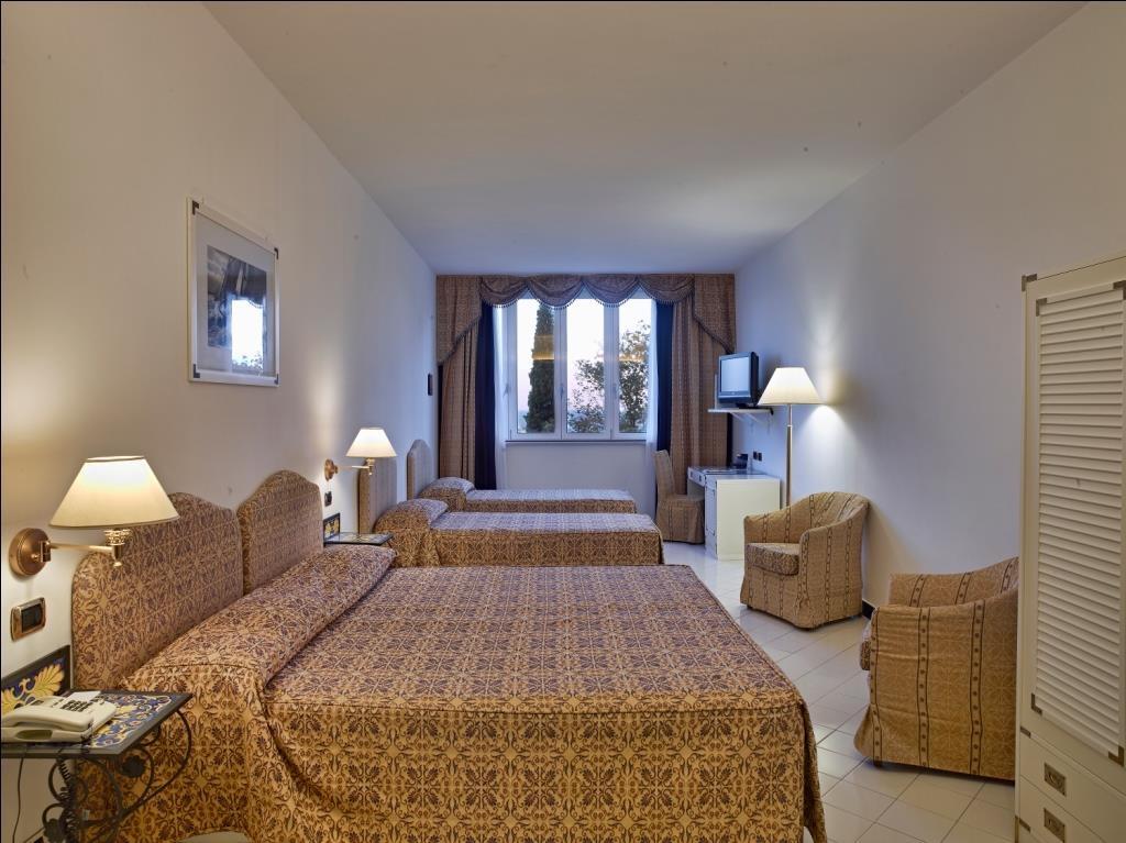 Best Western Hotel Acqua Novella - Family Guest Room