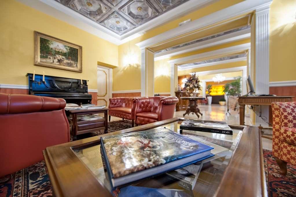 Best Western Ai Cavalieri Hotel - Vista del vestíbulo