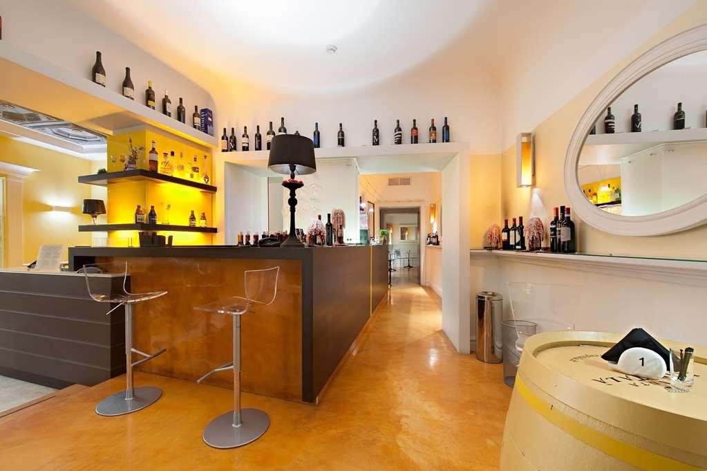 Best Western Ai Cavalieri Hotel - Bar / Lounge