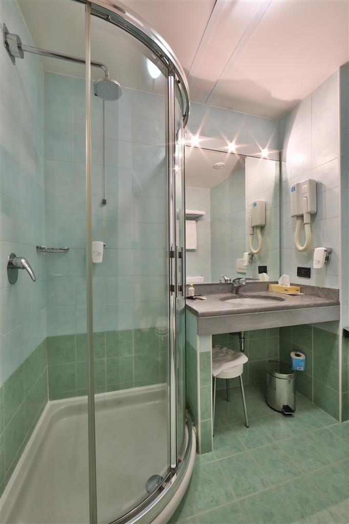Best Western Hotel Cavalieri Della Corona - Baño