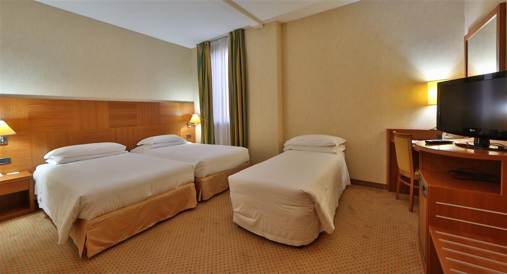 Best Western Hotel Cavalieri Della Corona - Comfort Triple Guest Room