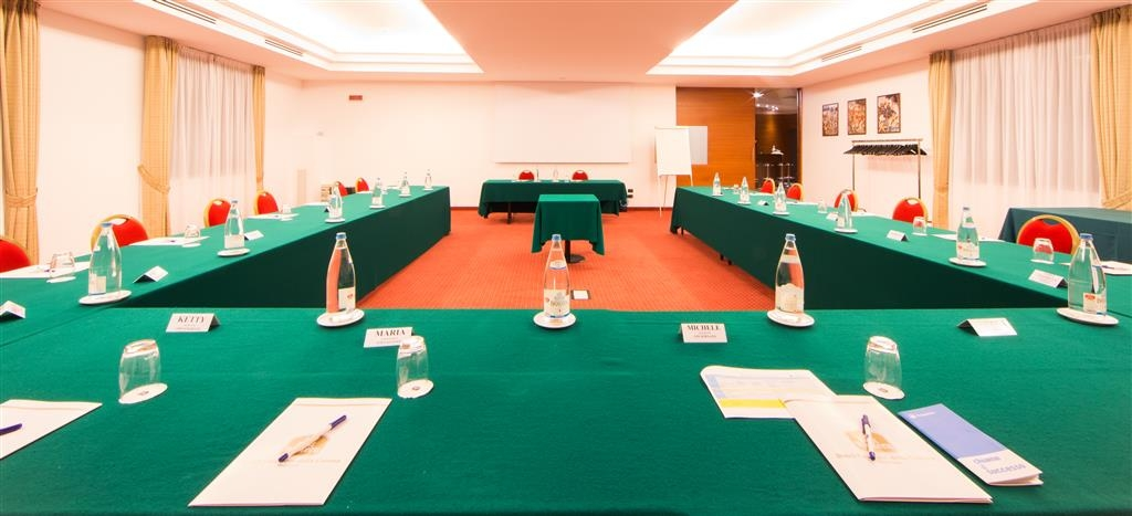 Best Western Hotel Cavalieri Della Corona - sala conferenze