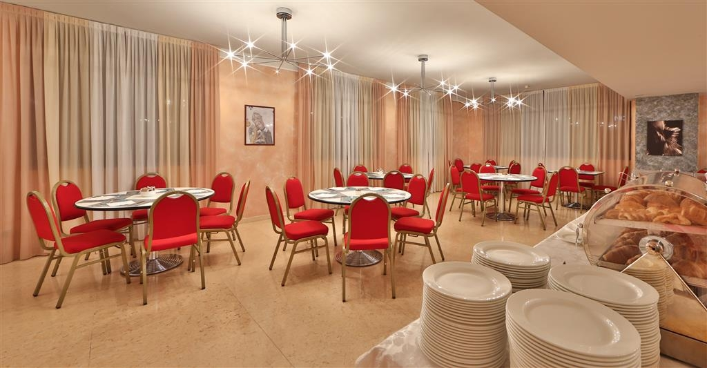 Best Western Hotel Cavalieri Della Corona - Breakfast Area