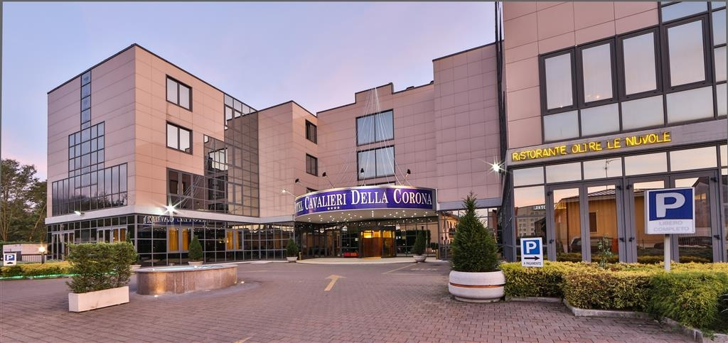 Best Western Hotel Cavalieri Della Corona - Best Western Hotel Cavalieri Della Corona - Main Entrance and Exterior