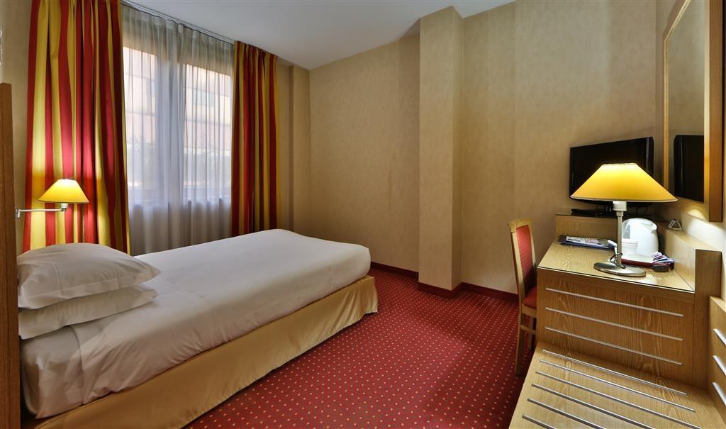 Best Western Hotel Cavalieri Della Corona - Comfort Single Bed Guest Room