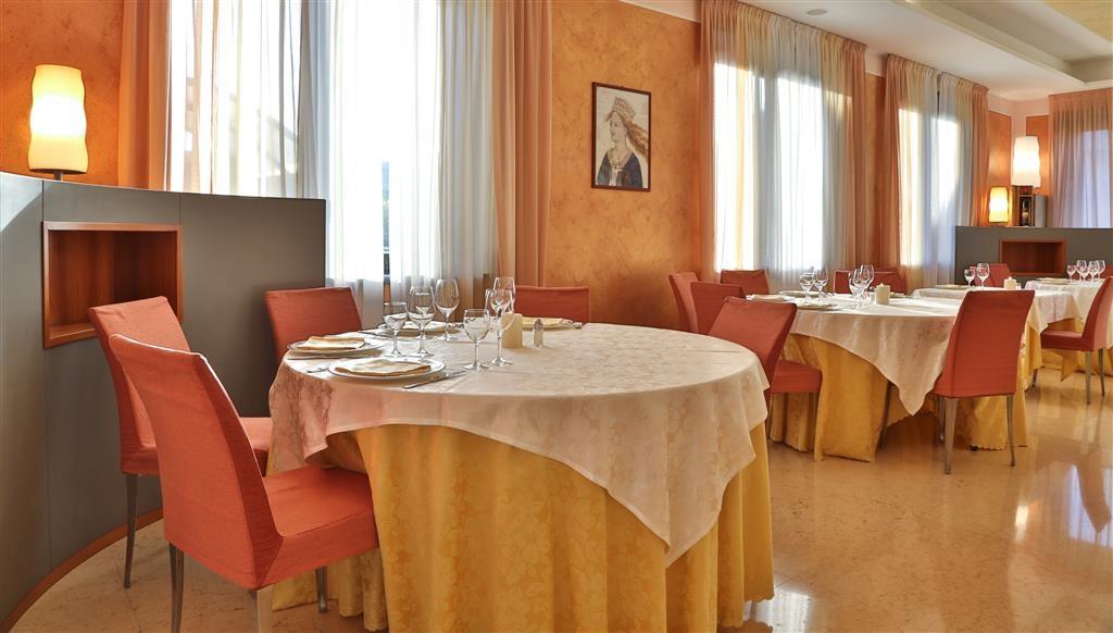 Best Western Hotel Cavalieri Della Corona - Restaurant