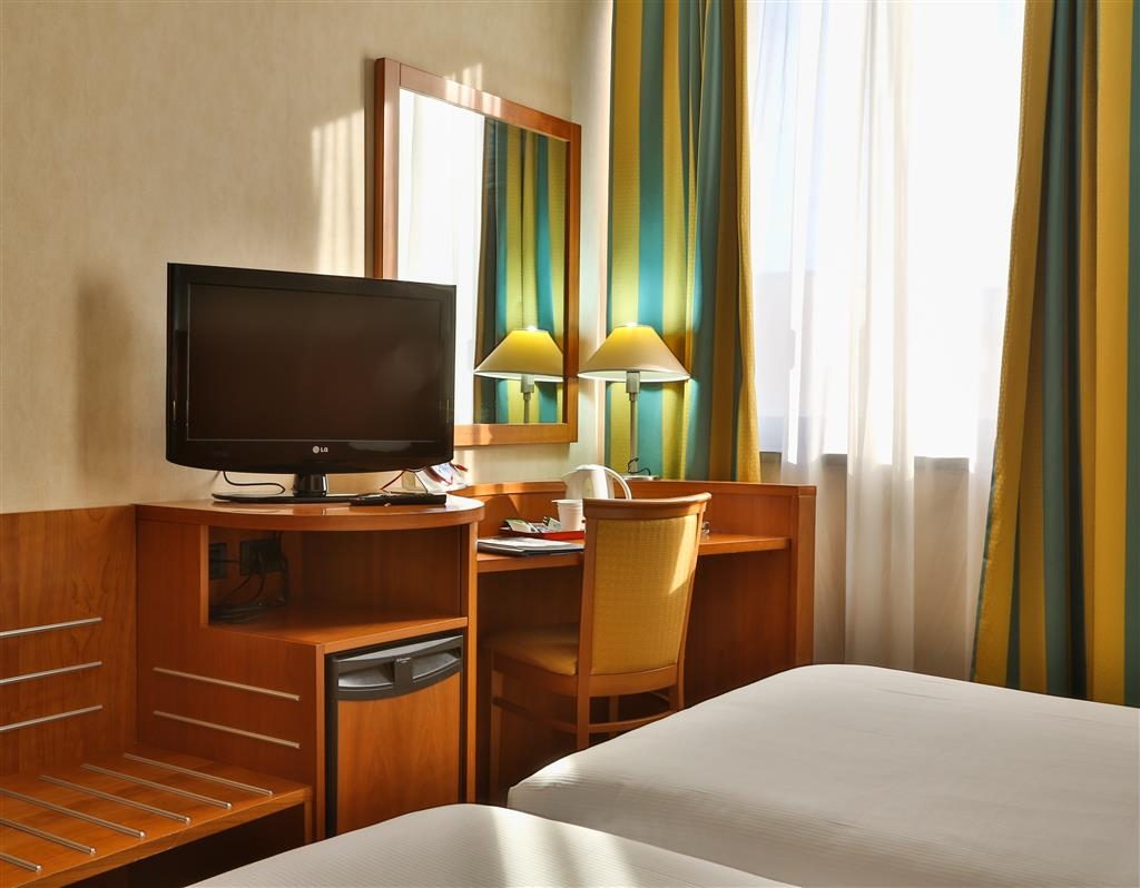 Best Western Hotel Cavalieri Della Corona - Habitaciones/Alojamientos