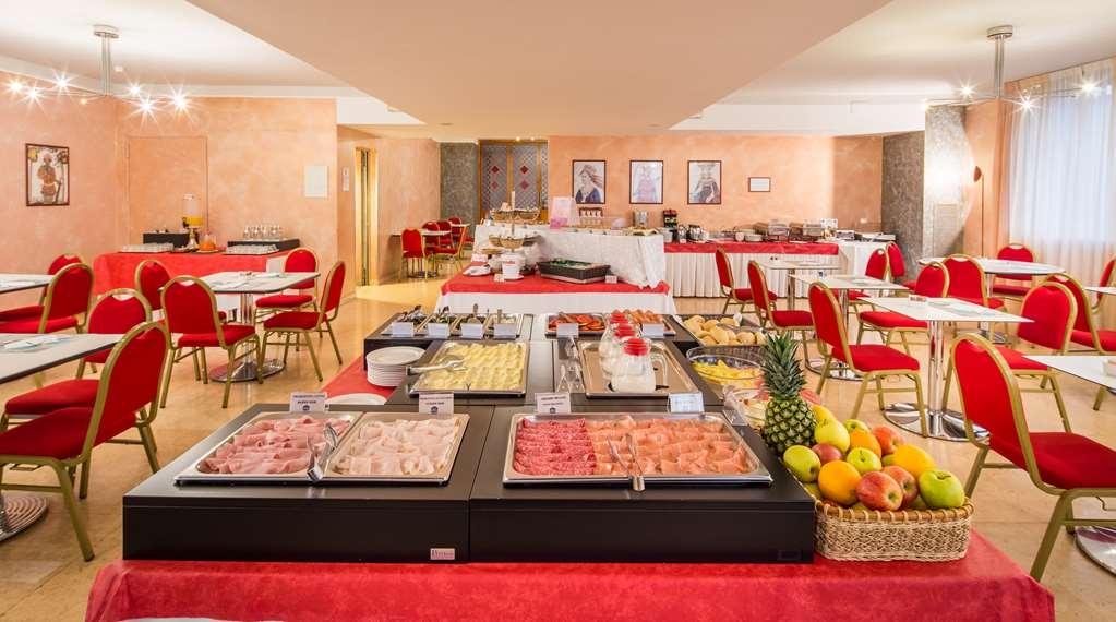 Best Western Hotel Cavalieri Della Corona - Desayuno Buffet