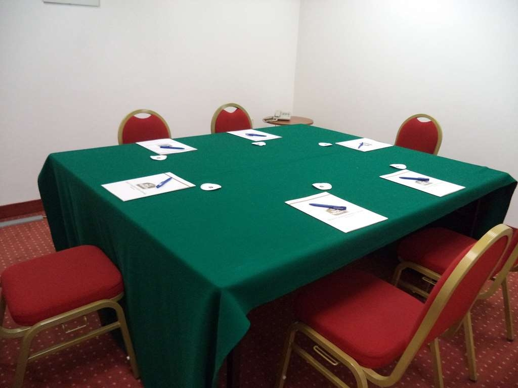 Best Western Hotel Cavalieri Della Corona - Meeting Room Mozart for Private Meeting