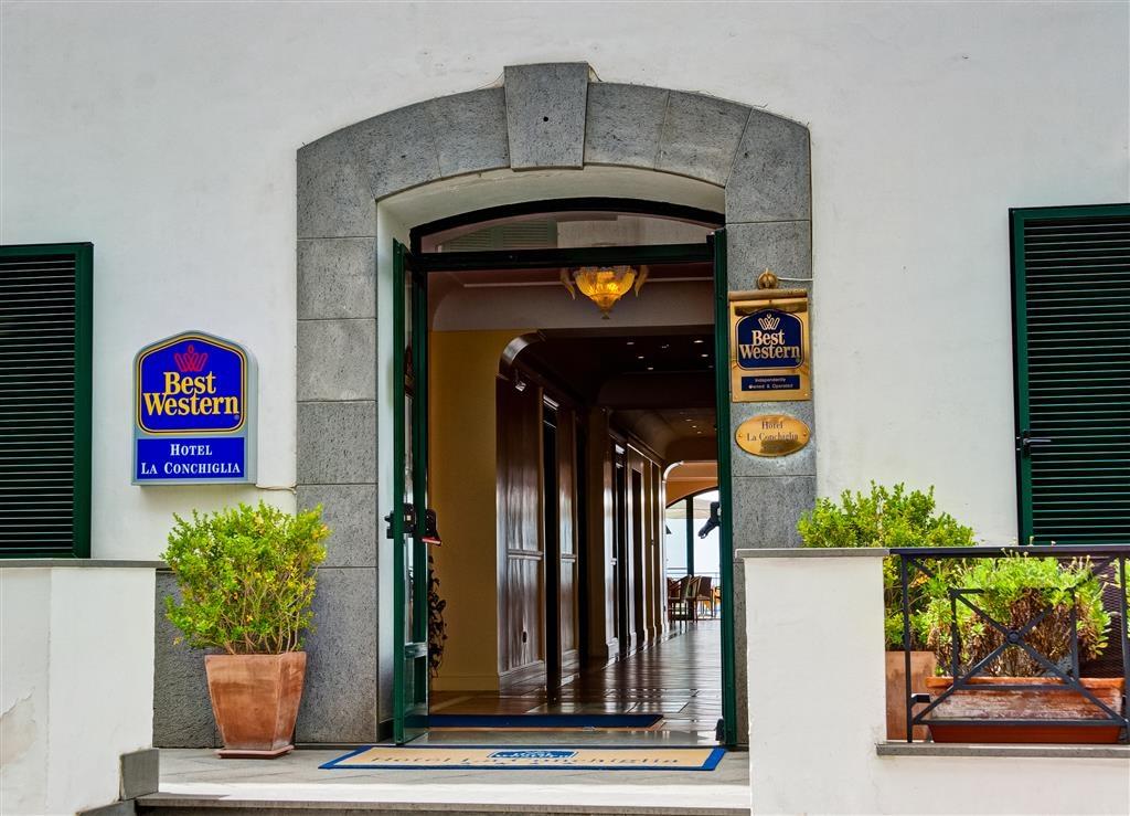 Best Western Hotel La Conchiglia - Facciata dell'albergo