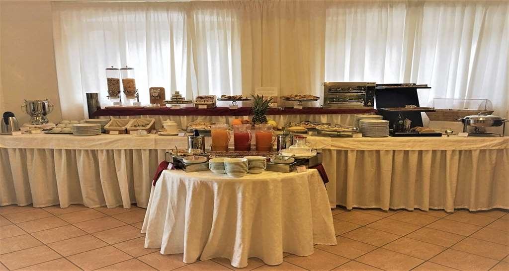 Best Western Hotel La Conchiglia - Desayuno Buffet