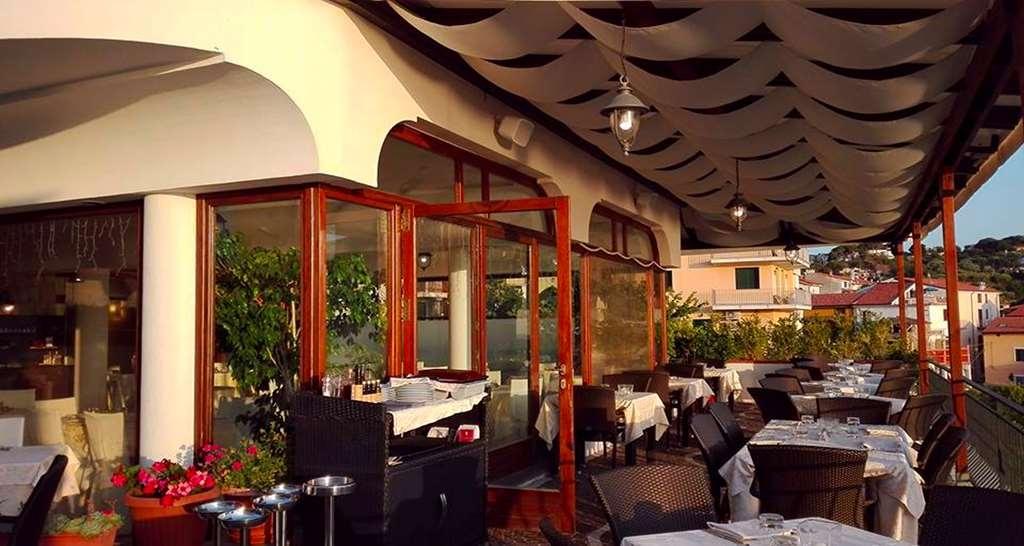 Best Western Hotel La Conchiglia - Restaurante/Comedor