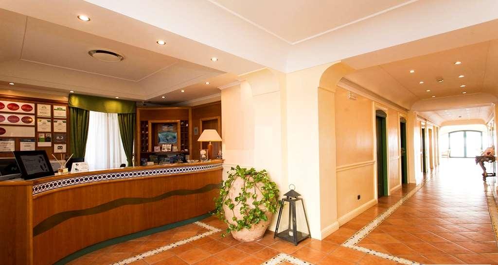 Best Western Hotel La Conchiglia - recepción