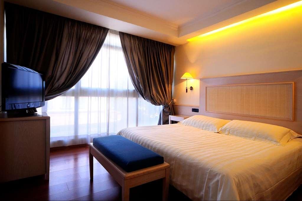 Best Western Globus Hotel - Gästezimmer
