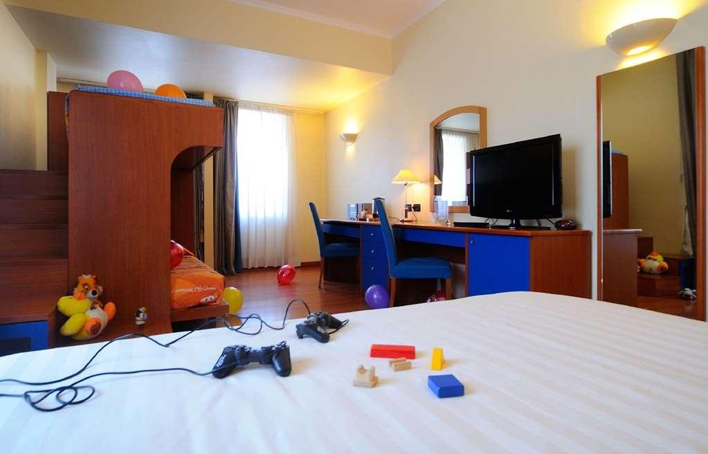 Best Western Globus Hotel - Gästezimmer/ Unterkünfte