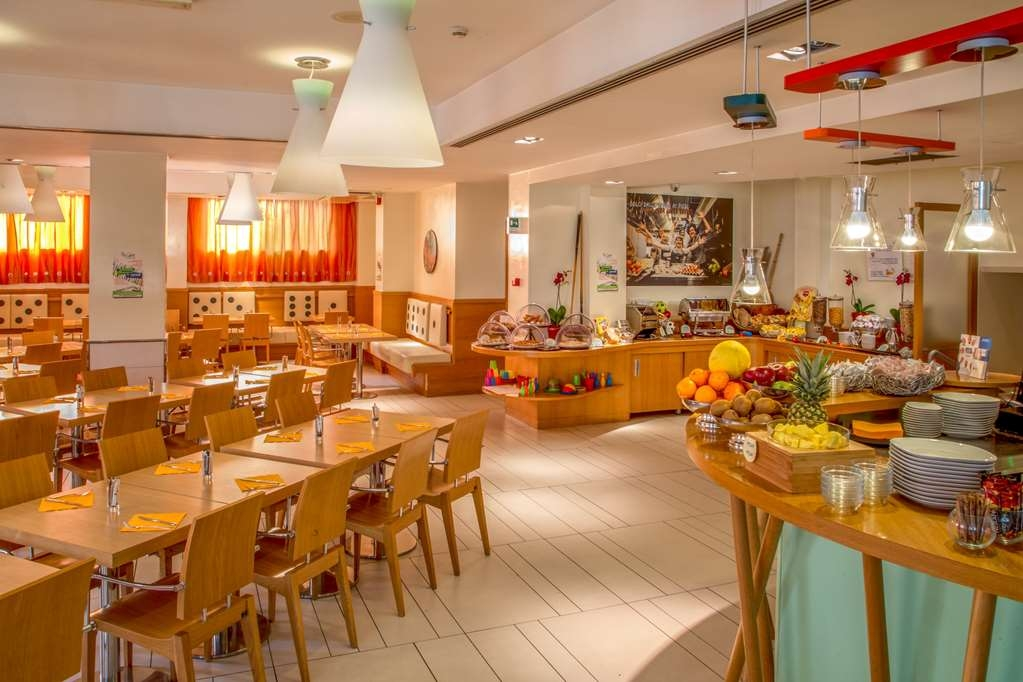 Best Western Globus Hotel - Desayuno Buffet