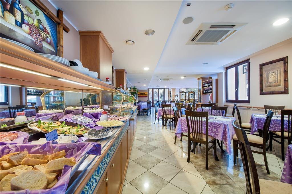 Best Western Hotel Ara Solis - Breakfast Bar