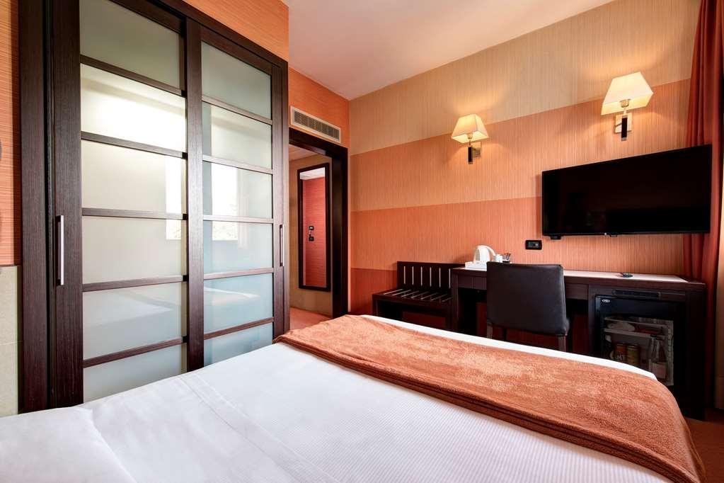 Best Western Gorizia Palace Hotel - Gästezimmer/ Unterkünfte