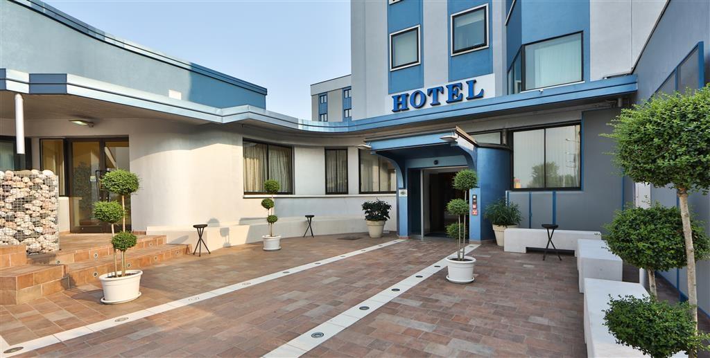 Best Western Soave Hotel - Vista Exterior