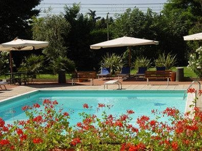 Best Western Soave Hotel - Swimming Pool