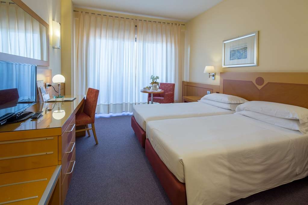 Best Western Hotel I Triangoli - Gästezimmer/ Unterkünfte