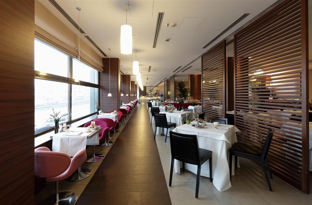 Best Western Plus Hotel Monza e Brianza Palace - Breakfast Area