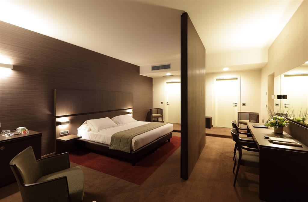 Best Western Plus Hotel Monza e Brianza Palace - Guest Room