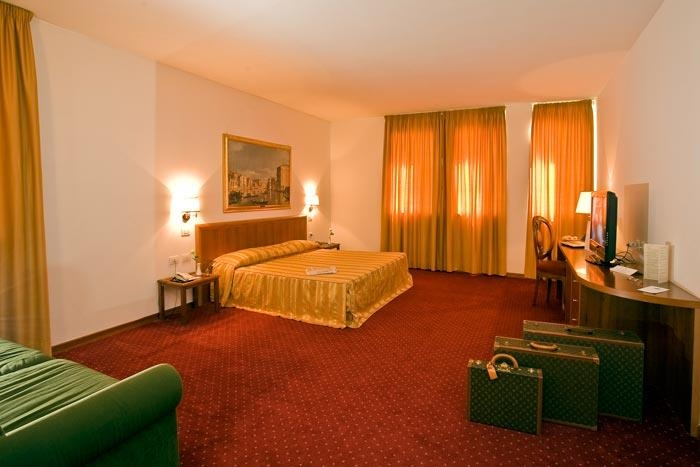 Best Western Park Hotel Continental - Guest room