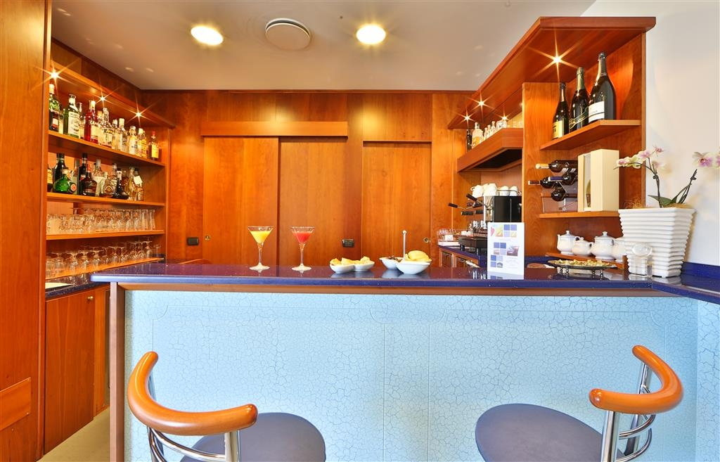 Best Western Plus Tigullio Royal Hotel - Bar